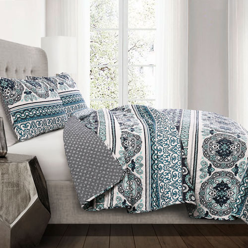 Nesco Navy and Turquoise Stripe Full/Queen Three-Piece Quilt Set