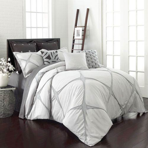 Vue Cersei Cream Twin Three-Piece Comforter Set
