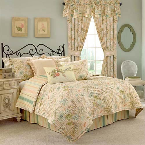 Cape Coral Three-Piece Twin Quilt Set
