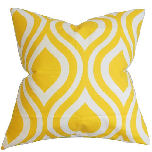 The Pillow Collection Larch Yellow 18 x 18 Geometric Throw Pillow