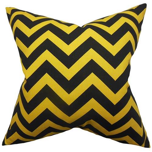 The Pillow Collection Xayabury Yellow 18 x 18 Zigzag Throw Pillow