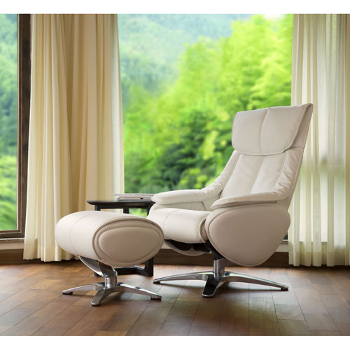 Vienna Vanda Recliner And Ottoman In White Top Grain Leather