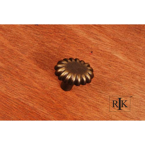 RK International Inc Antique English Lines at End Knob
