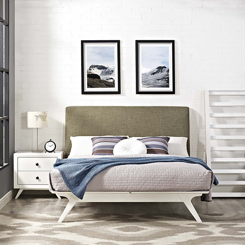 Tracy Queen Bed in White Latte