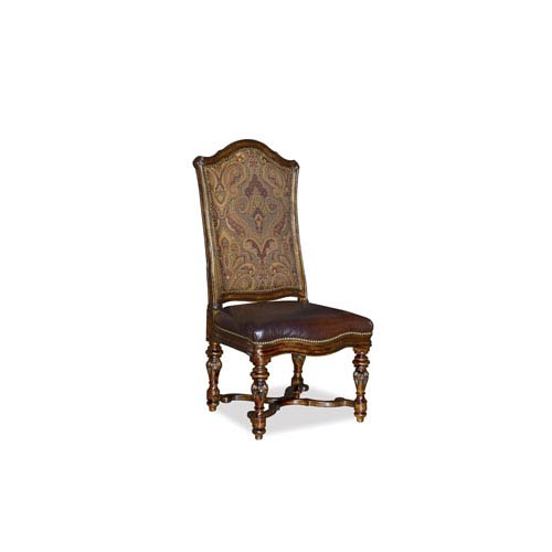Valencia Gathering Chair