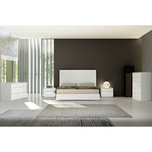 Malibu King Bed with Upholstered Panels in Headboard in White