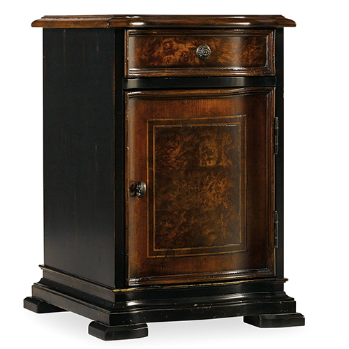 Grandover Black Chairside Chest