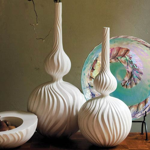 Global Views Magura Large Snow Vase