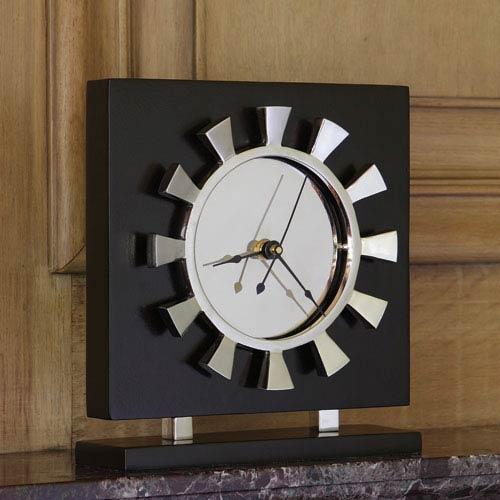 Global Views Petal Clock