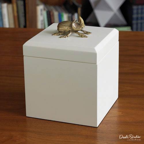 Global Views Beetle Box