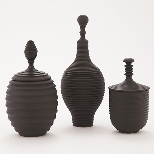 Orion Black Medium Jar