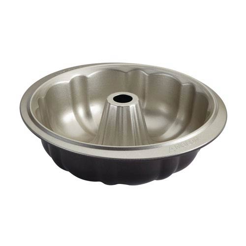 Nonstick Bakeware 9.5-Inch Fluted Mold Pan