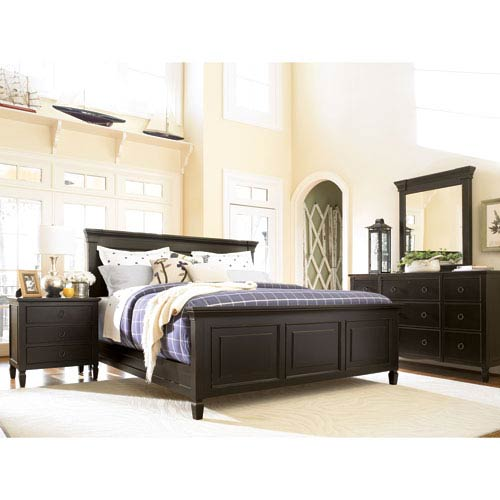 Universal Furniture Summer Hill Midnight Complete California King Panel Bed