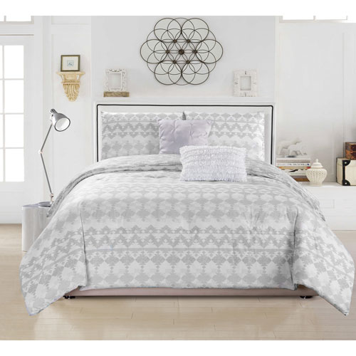 Meryl Grey Full/Queen Three-Piece Duvet Set