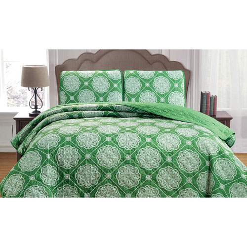 Kennelly Green Full/Queen Three-Piece Bedspread Set