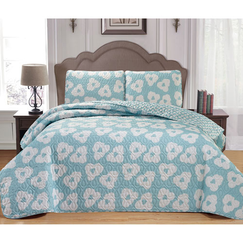 Mccubbins Seafoam Full/Queen Three-Piece Bedspread Set