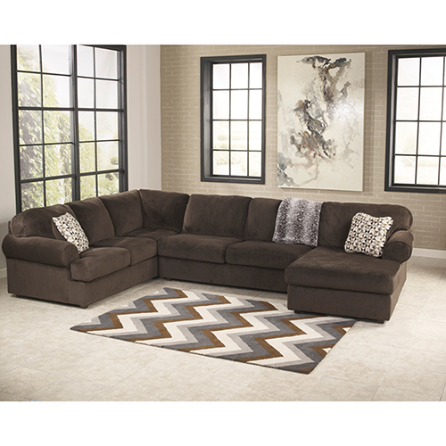Jessa Place Sectional in Chocolate