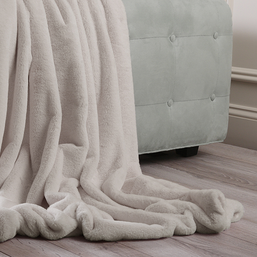 Luxe Faux Fur Taupe Throw