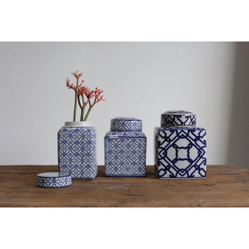 3r Studio Medium Blue And White Ceramic Ginger Jar With Lid