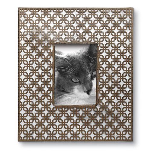 Foreside Home and Garden Woven Geometric 5 x 7 In. Frame