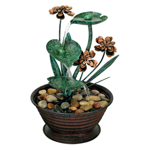 Foreside Home and Garden Green Lily Pad Fountain
