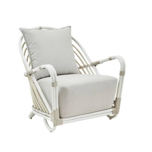 Arne Dove White Outdoor Chair with Sunbrella Sailcloth Seagull Seat and Back Cushion