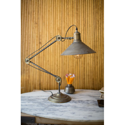 Natural Iron One-Light Metal Table Lamp