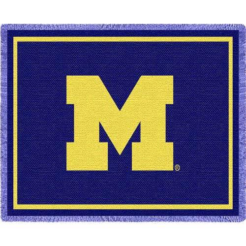 Univ of Michigan 'M' Throw
