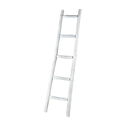 Orchard White Blanket Ladder