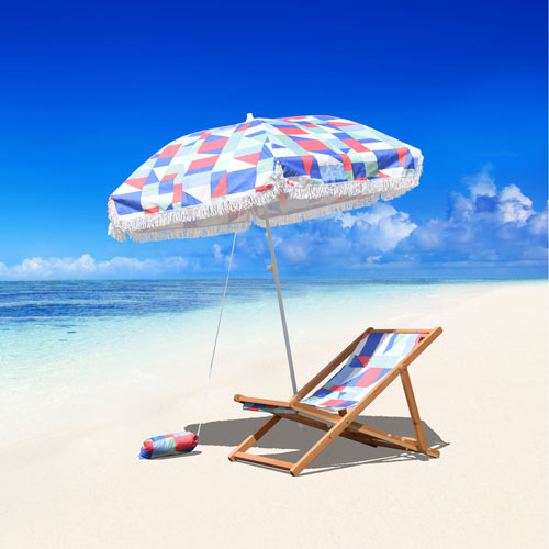 6.5-Foot Fiberglass Beach Umbrella with Carry Bag And Sand Bag in Quixotic