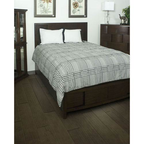 Houndstooth Black Three-Piece King Comforter Set