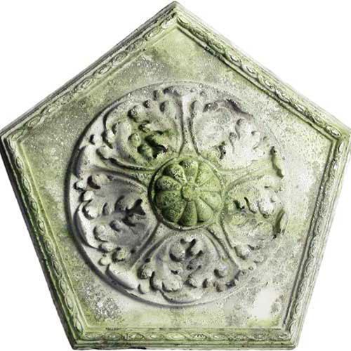White Moss Penta Medallion