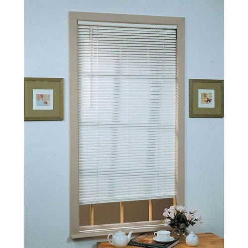 Achim Importing Company Deluxe Sundown White 64 x 36-Inch Blind