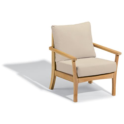 Mera Club Chair with Camel Cushions