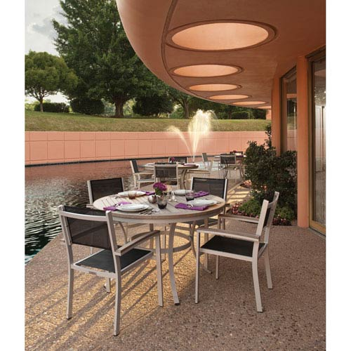 Travira Gray 5-Piece Dining Set