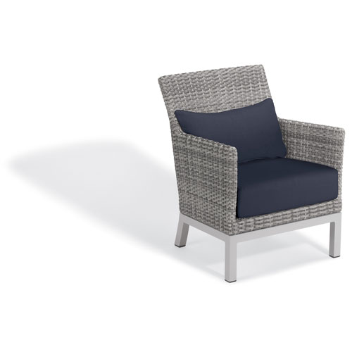 Oxford Garden Argento Club Chair with Lumbar Pillow - Argento Resin Wicker - Powder Coated Aluminum Legs - Midnight Blue