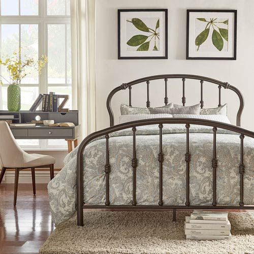 Caledonia Victorian Queen Metal Bed