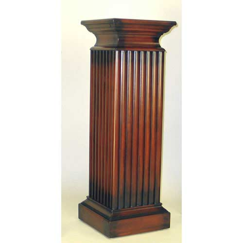 Wayborn Furniture Medium Pedestal