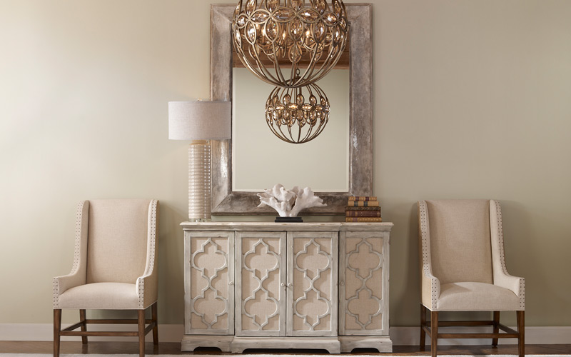 Luxe & Glam Entryway